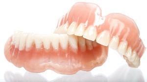 Aacrylic cosmetic dentures
